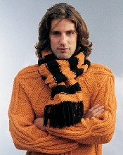 Как носить шарф мужчинам? Модное невезение