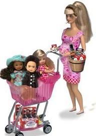 Чем вредна кукла Барби?