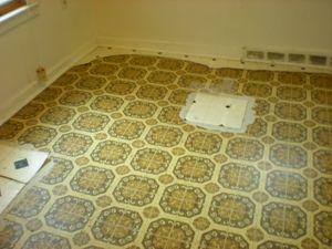 8 простых методов, как почистить линолеум в домашних условиях?