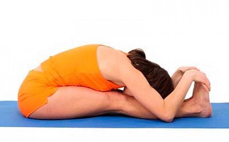 Я предлагаю делать йогу без коврика