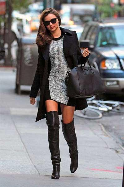 Платье-свитер и сапоги выше колен