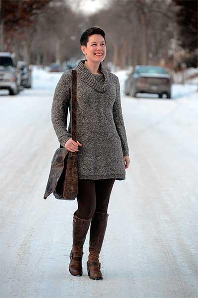 Легинсы, надетые под платье-свитер