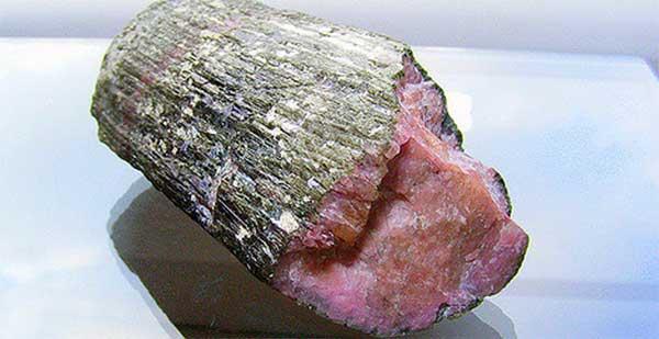 арбузный турмалин