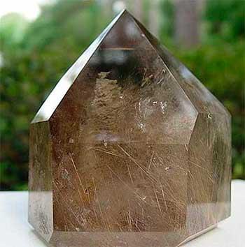 Магические свойства камня раухтопаза – кому подходит, как правильно применять и в каких случаях