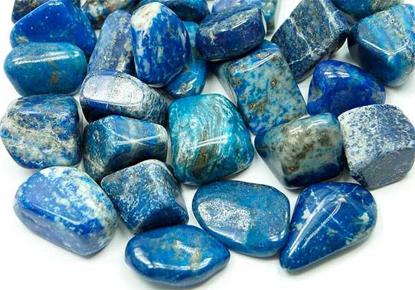 Магические свойства камня лазурита, кому подходит и как правильно использовать