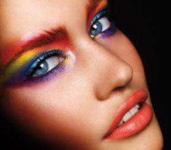 Как избавиться от бедности с помощью макияжа