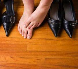 Как разносить обувь из кожи?