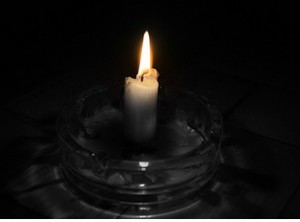 Чистка ауры свечой