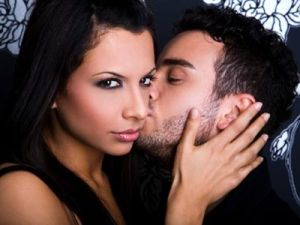 7 основных признаков измены жены