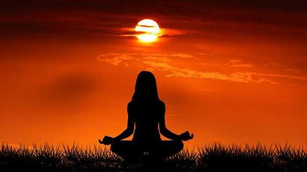 медитация перед солнцем