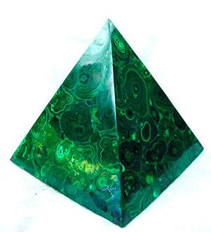 малахитовая пирамида