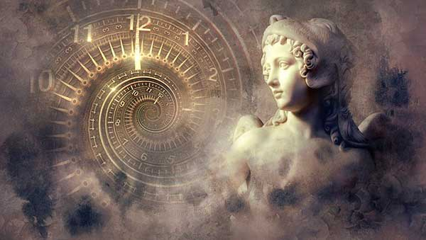 Венера и часы