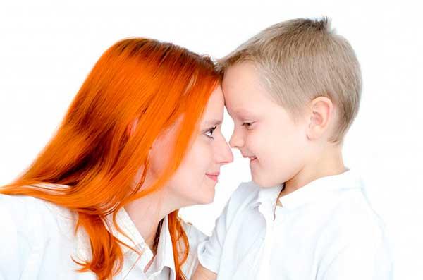 сын с матерью