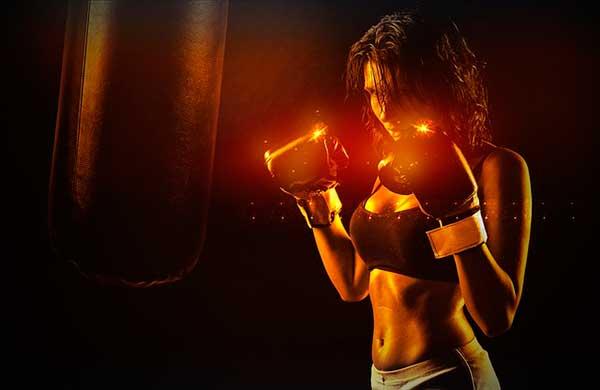 женщина-боксер