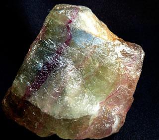 разноцветный флюорит
