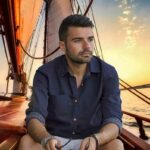 мужчина на яхте