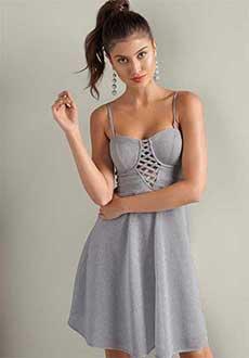 серенькое платье