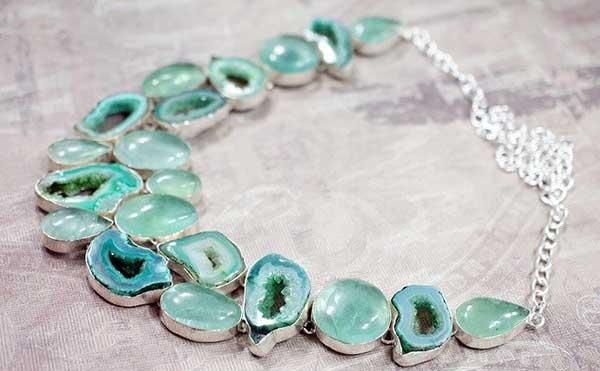 ожерелье из аквамарина