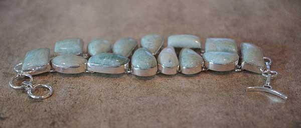 амазонитовое ожерелье