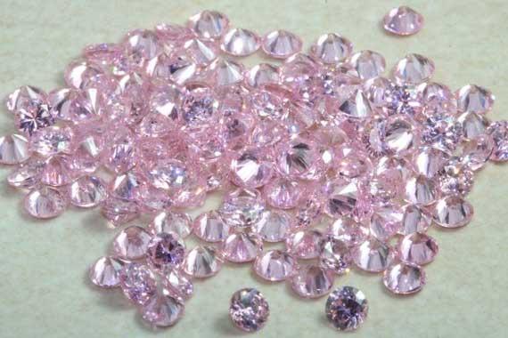 россыпь розовых камней
