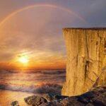 восход и море